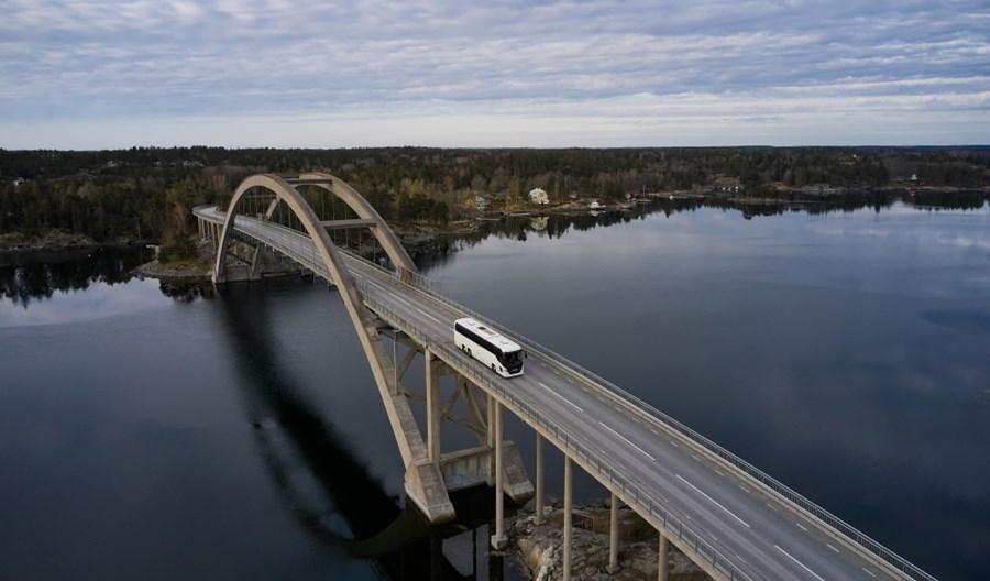 Scania prezentuje nowy, udoskonalony autobus turystyczny