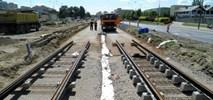 Warszawa: Budowa tramwaju na Tarchomin na półmetku