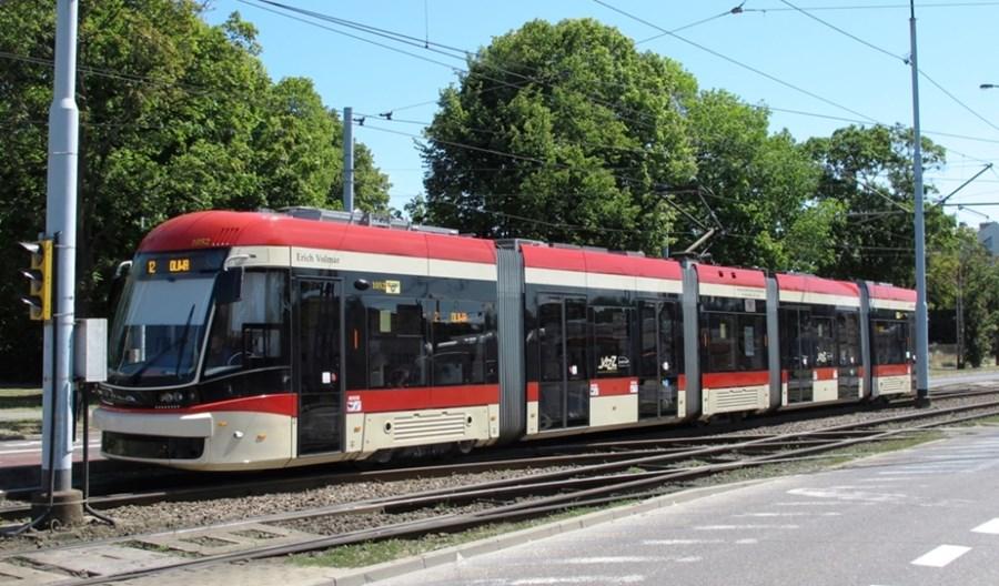 Gdańsk: Pierwsze nowe tramwaje Pesy będą później