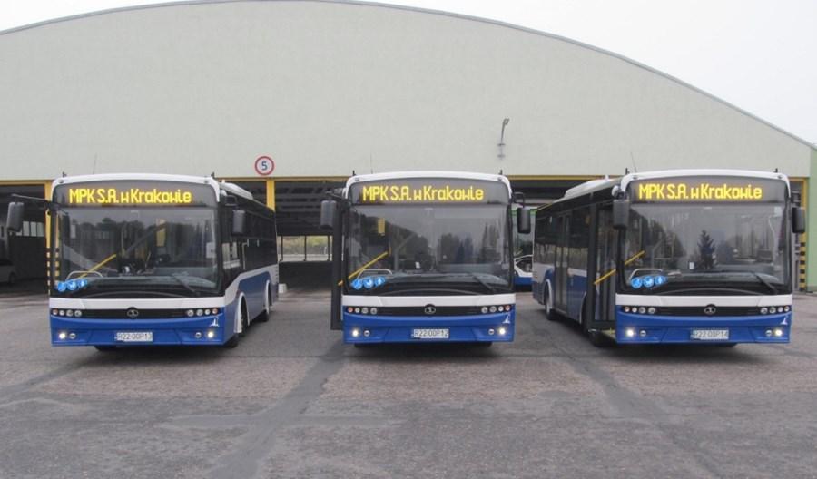 Trzy midi autobusy Autosana już w Krakowie