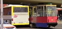 Bydgoszcz: Zderzenie tramwaju i autobusu PKS. Kilkunastu rannych, ruch przywrócony