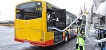 Solbusy, już zatankowane LNG, jeżdżą po ulicach Warszawy