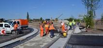 Tramwaj na Fordon: Trwa budowa konstrukcji estakady tramwajowej