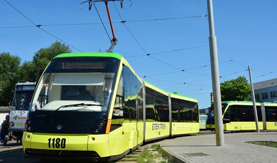 Lwów z przetargami na 10 tramwajów i 100 autobusów