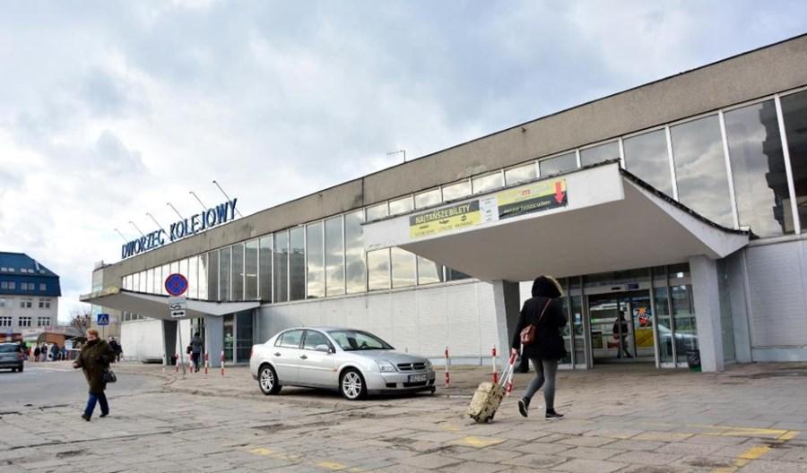 W Olsztynie przebudują razem tory i dworzec. Będzie przejście na Zatorze