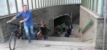 Warszawa: Kolejne przejścia podziemne będą znikać powoli