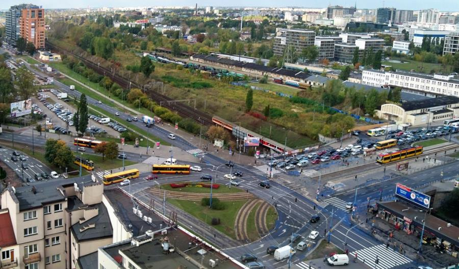 Warszawa: Co z wiaduktem na Towarowej? Na razie czeka na kolejarzy