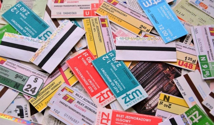 Warszawa myśli o nowym systemie biletowym. Znikną kartoniki?