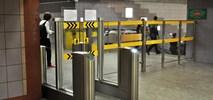 Metro: Przebudowa bramek biletowych na razie za droga
