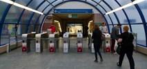 Metro: Jak ZTM rozmontował system bramkowy. 20 mln zł w błoto?