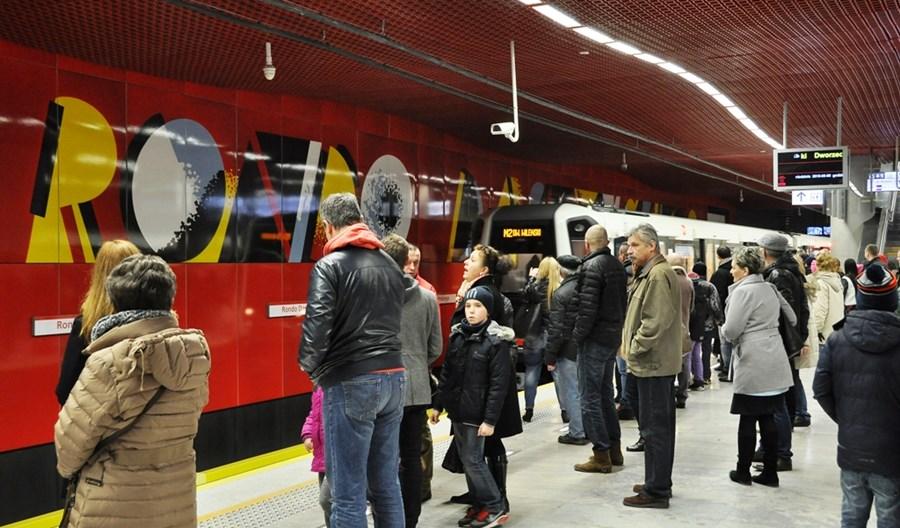 Metro na Wolę: II linia przez tydzień na skróconej trasie do Ronda ONZ