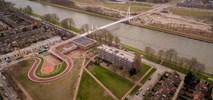 Utrecht. Droga rowerowa na dachu szkoły