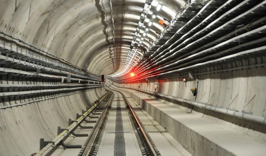 Warszawa zabezpiecza ponad 1 mld zł na wkład własny dla III linii metra