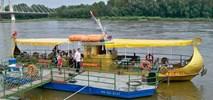 Warszawa w wakacje na Wiśle  - prom, tramwaj wodny, statek