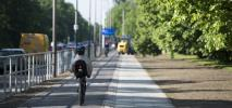 Warszawa. Odnowiona Żwirki i Wigury podoba się rowerzystom