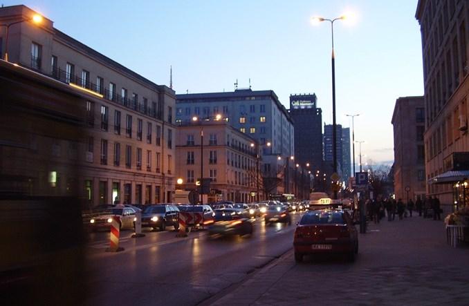 Centrum Warszawy zatka się jeśli nie ograniczymy ruchu