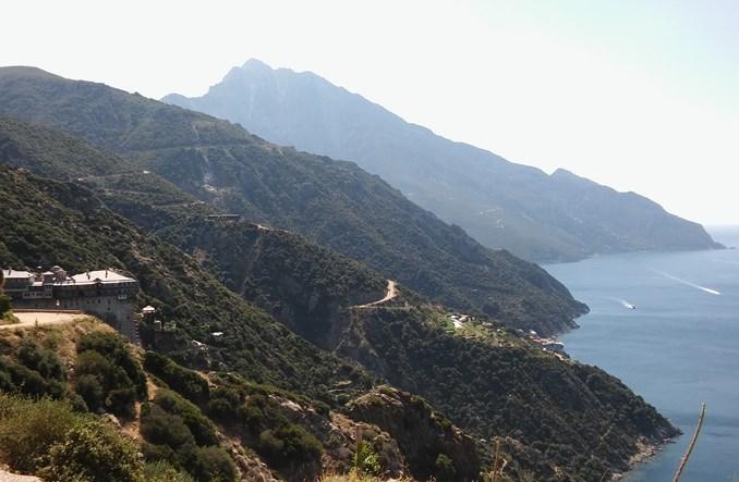 Na Górę mułem, czyli transport publiczny na półwyspie Athos