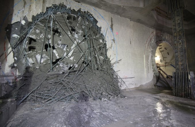 Metro: Druga tarcza przebiła się na stację Targówek