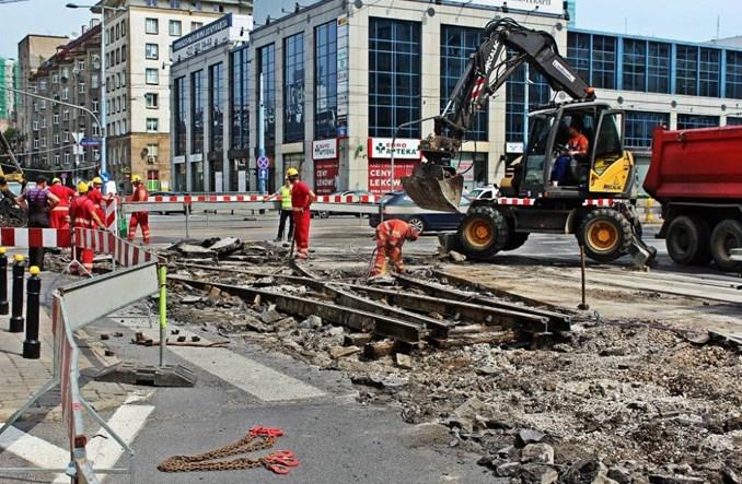 Warszawa: Dalszy ciąg prac przy pl. Starynkiewicza. Bez tramwajów od niedzieli