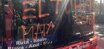 Barcelona. Katalońscy anarchiści atakują autobusy i rowery