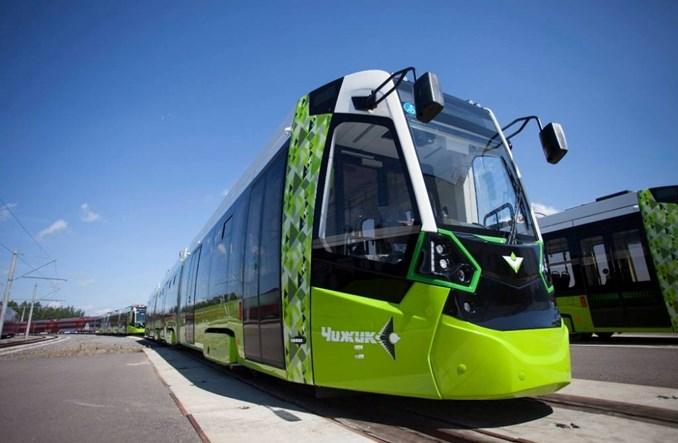 """Stadler zaprezentował tramwaje """"Czyżyki"""" dla Sankt Petersburga"""