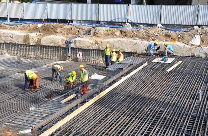 Co się dzieje na budowie metra na Wolę?