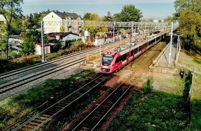 Wkrótce zamknięcie kolei z Grodziska do Warszawy. Jakie alternatywy?