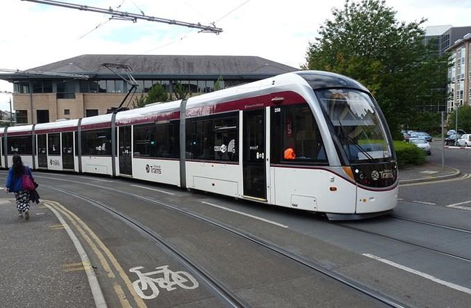 Edynburg. Tramwaje niebezpieczne dla rowerzystów?