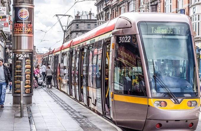 Irlandzki tramwajarz nie pojechał, bo kończył zmianę. Jest kara