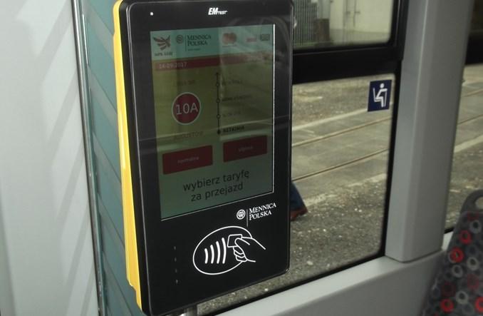 Łódź: 2 miesiące kartowego pilotażu w tramwajach. 50 tys. transakcji
