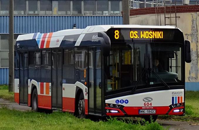 Siedmiu przewoźników chce wozić mieszkańców Radomia. Michalczewski najtańszy