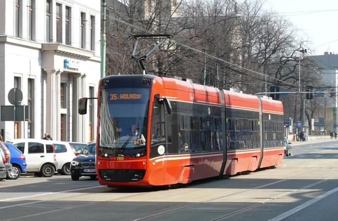 Solaris Tram i Pesa rywalizują o zamówienie dla Tramwajów Śląskich