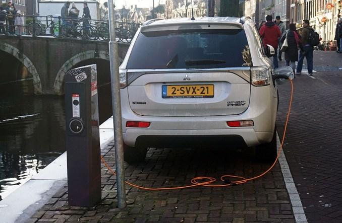Holandia zrezygnuje z aut spalinowych od 2030 r.