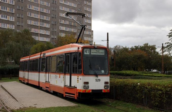 Pabianice zadłużają się na tramwaj i hybrydy