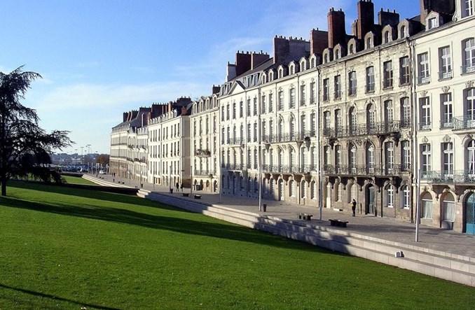 Nantes. Likwidacja ulicy: O jeden pas ruchu za daleko?