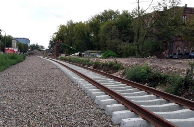 Warszawa Obozowa: Powstający przystanek kolejowy zmienia też otoczenie