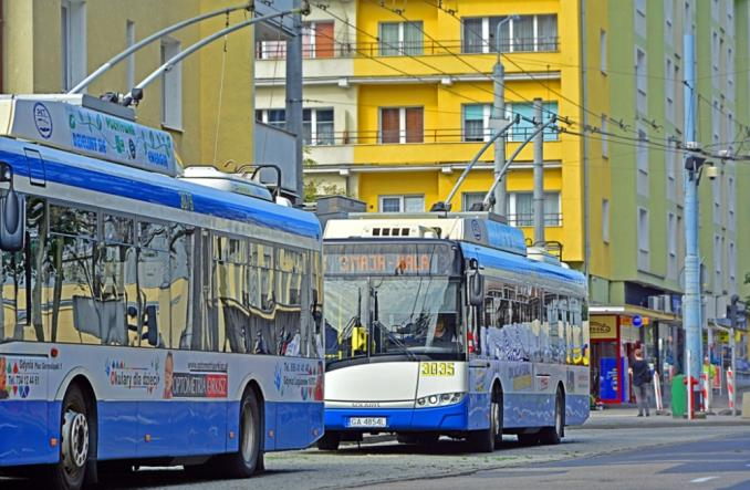 Gdynia dłużej poczeka na super-trolejbusy