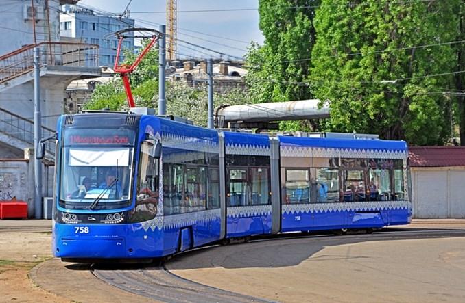Ukraina: W 2019 r. zakupy autobusów, trolejbusów i tramwajów w ośmiu miastach