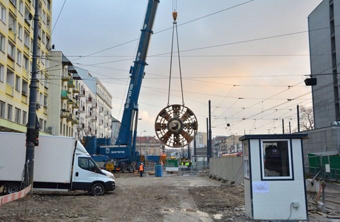 Metro na Targówek: Pierwszy element pierwszej tarczy na powierzchni