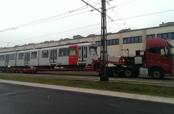 Kraków sprowadził następny tramwaj GT8S z Dusseldorfu