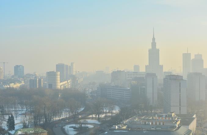 Zakaz spalania węgla w Warszawie: Skończyło się na obietnicach