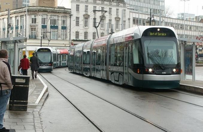 Nottingham. Zakład o 100 funtów o spóźniające się tramwaje