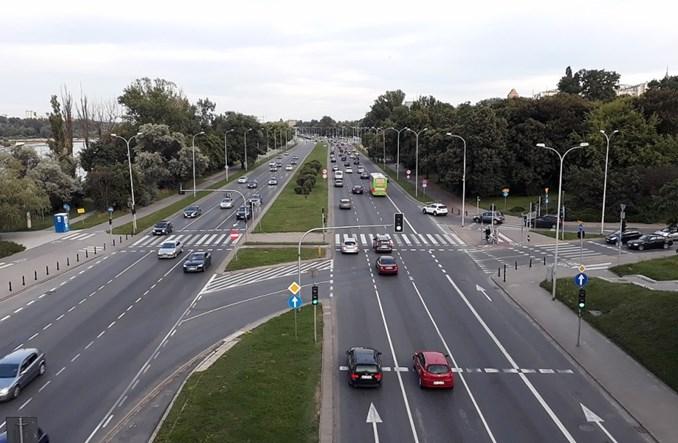 ZDM Warszawa: Auto elektryczne to wciąż auto. Z wszelkimi wadami