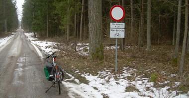 Rowerzyści ścigani w Puszczy Białowieskiej. Green Velo... nie dla nich?