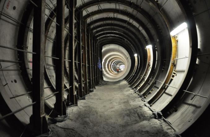 Metro na Mory opóźnia się przez wycofane odwołanie Torpolu