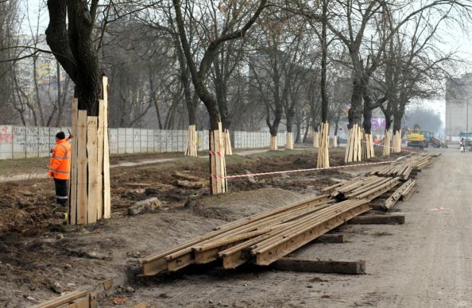 Łódź: Przebudowa Dąbrowskiego nabiera tempa [zdjęcia]