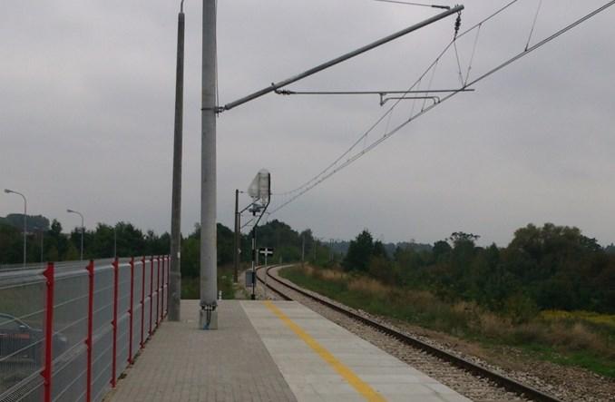 Łódź: Przebudują otwarte cztery lata temu przystanki kolejowe