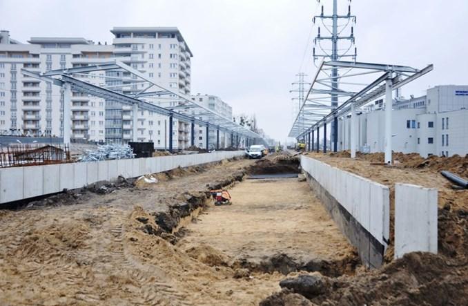 Kolejne bunkry utrudniają remont linii obwodowej. Otwarcie w poł. 2018 r.