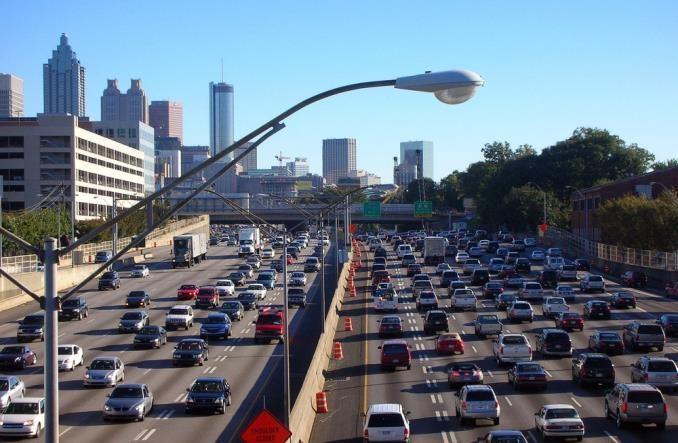INRIX: Skąd korki w amerykańskich miastach?