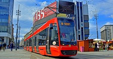 Tramwaje Śląskie podpisały umowę z Pesą na dostawy do 40 tramwajów
